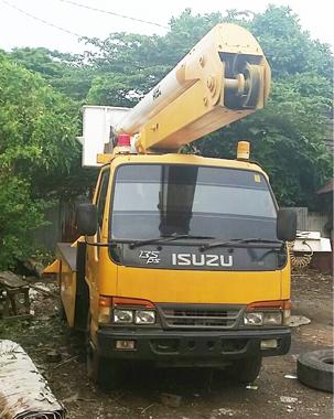 mobil crane 14 meter