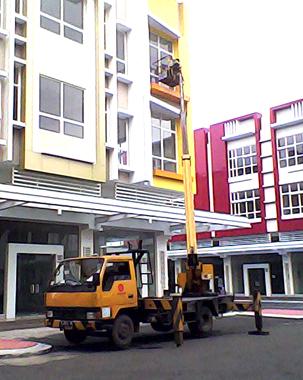 mobil crane 16 meter